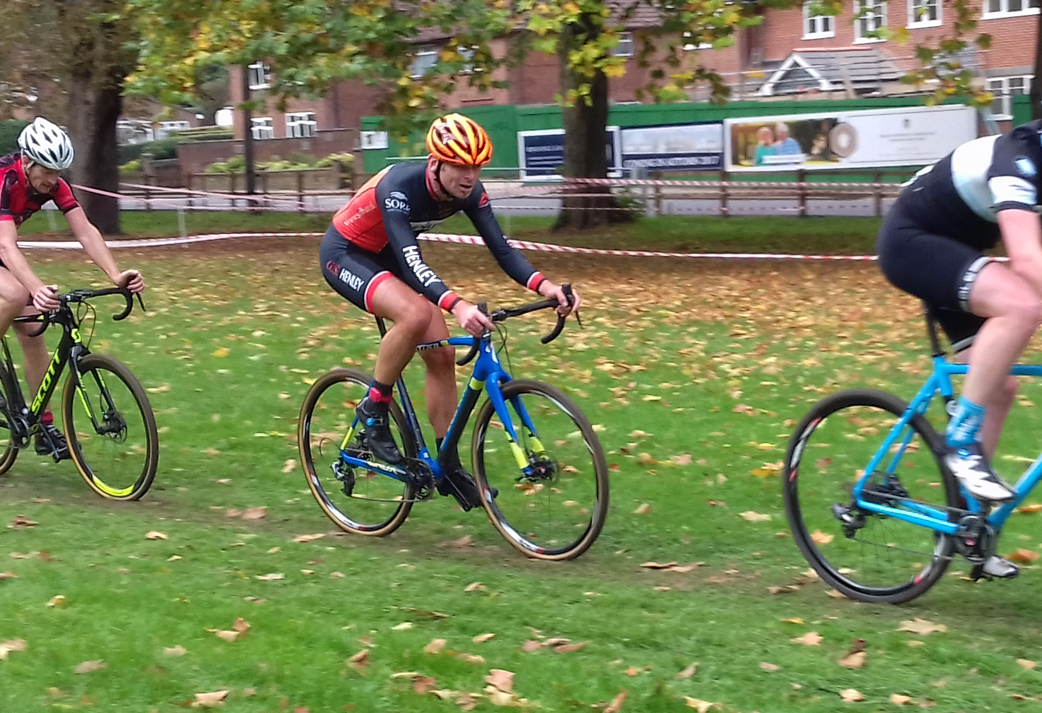 Event Report : Wessex Cyclocross League Round 5 – Reading CC Round at Prospect Park